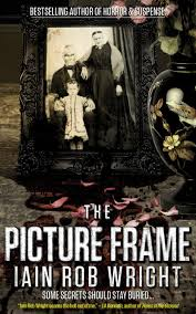 the picture frame by iain rob wright book review